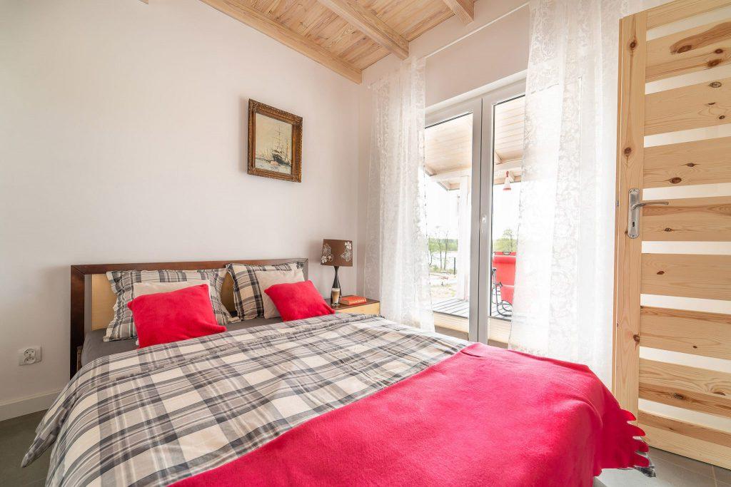Domek Czerwony łóżko podwójne
