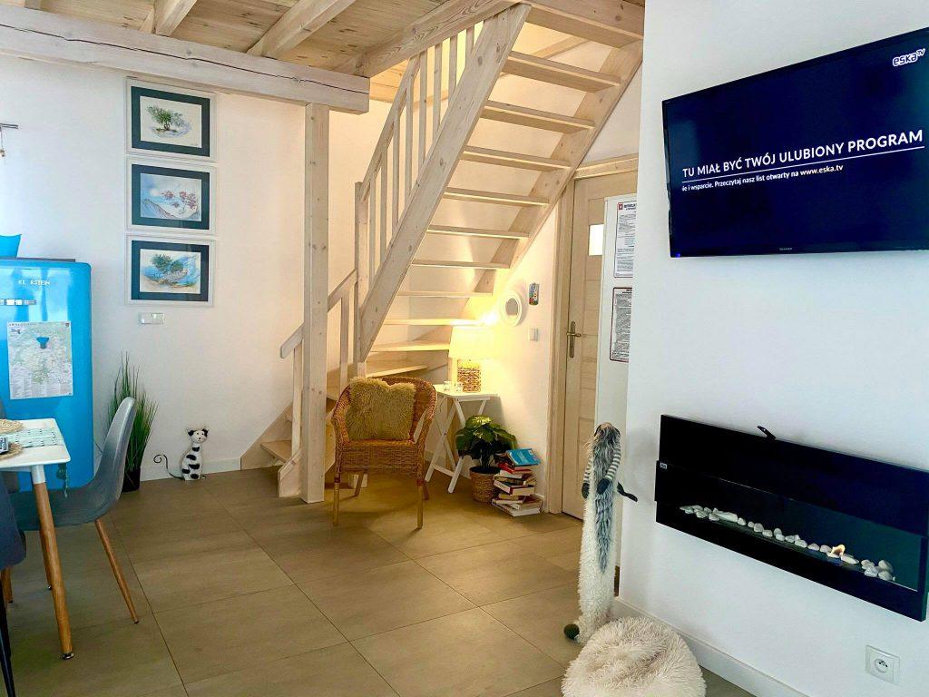 Domek Niebieski schody