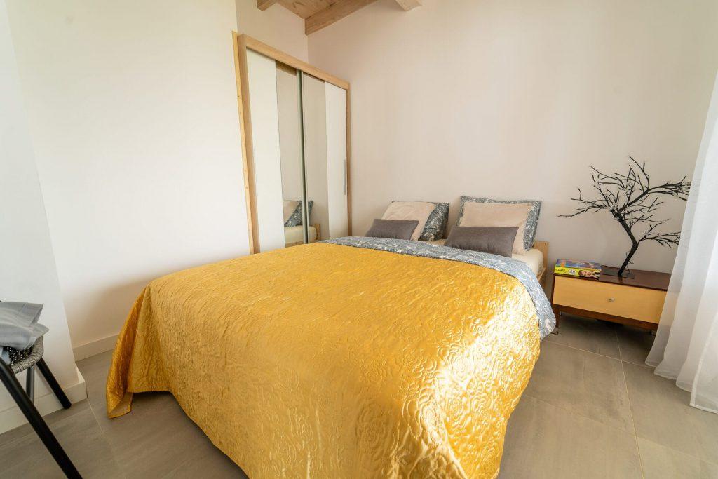 Domek Żółty łóżko podwójne